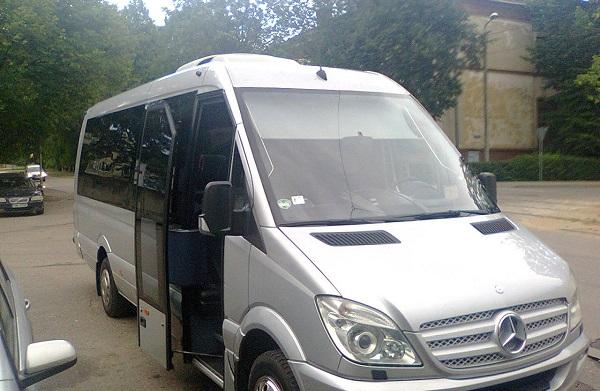 Minibus transfers Riga