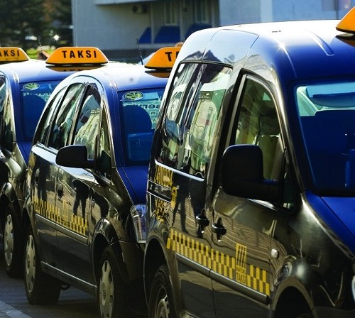 Taxi from Vilnius airport to city center