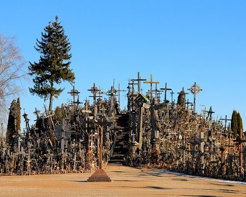 Day Trip to Rundale and Hill of Crosses